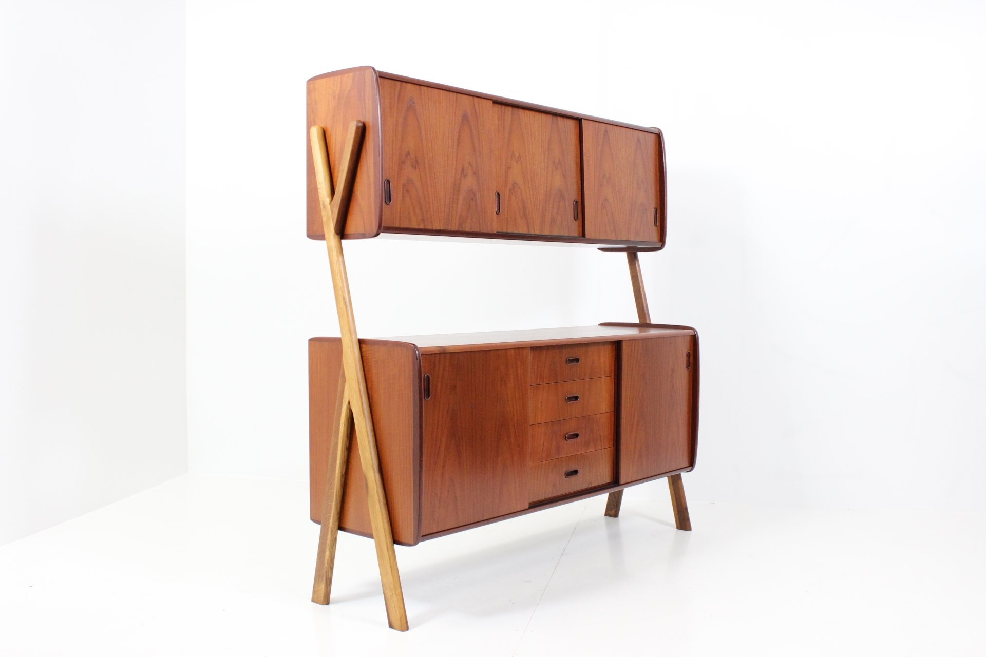 Retro Vintage Organic Shaped Standing Wall Unit in Teak