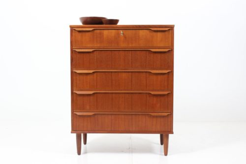 Retro Vintage Sculptured Chest of Drawers by Poul Larsen