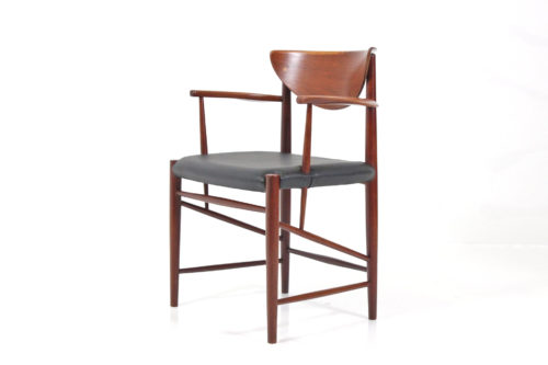 1 Hvidt, Peter & Mølgaard-Nielsen, Orla - Søborg Møbelfabrik Danish Teak Chair