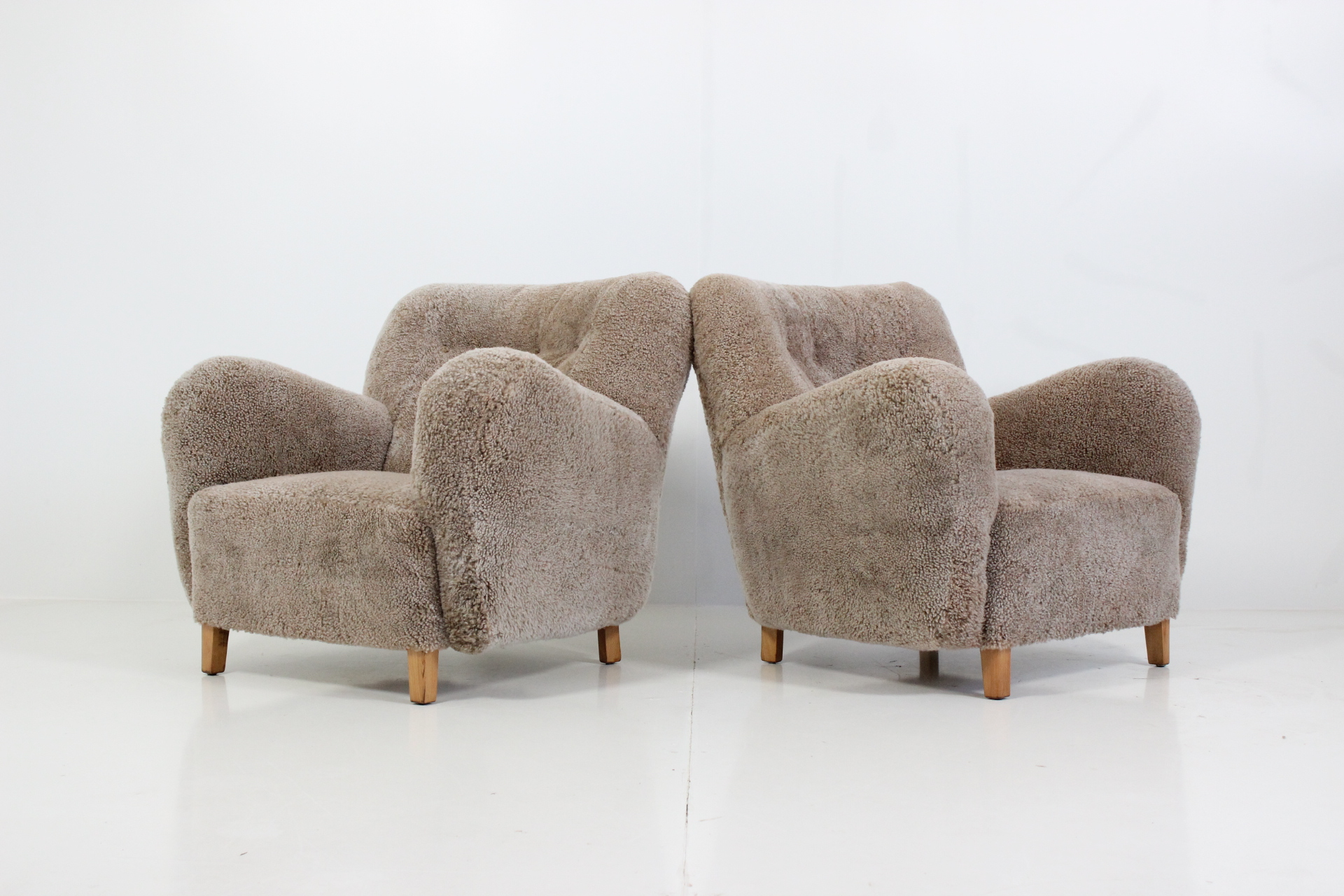 Retro Vintage Pair of Organic Shaped Lounge Chairs in Sheep Skin